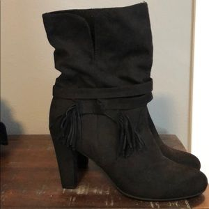 Express boots , new , no tag